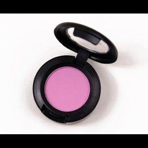 MAC Miss Piggy Pink Eyeshadow